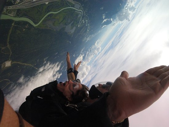 Skydive Extreme Yeti: Great trip down!