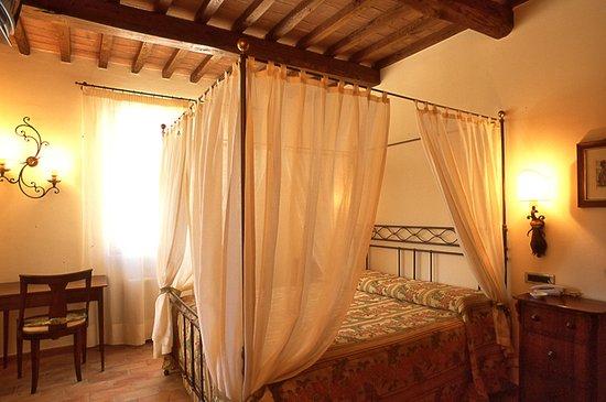 Hotel la Fonte del Cerro Saturnia: camera suite