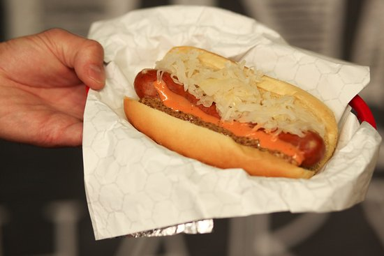 Everett, Etat de Washington : Hot Dogs, Polish Sausage, Veggie Dogs - all local!