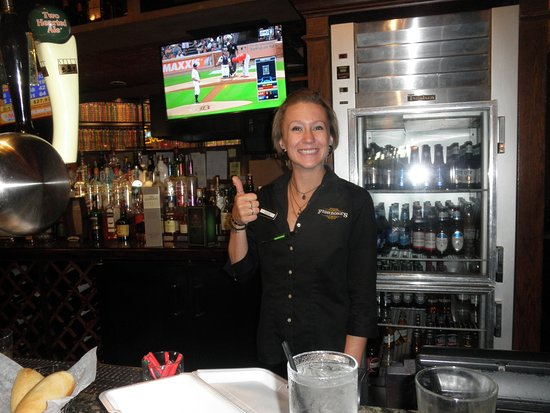 Saint Clair Shores, MI: taylor the bartender