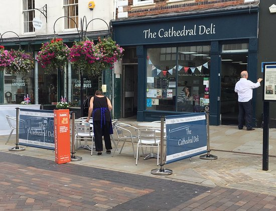 Gloucestershire, UK: The Cathedral Deli