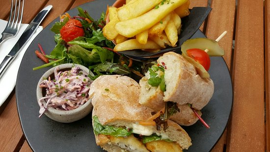 Ilsington, UK : Beautiful lunch at affordable prices (£4.95).