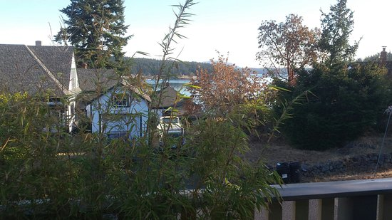 Harrison House Suites: A view from the Orca suite