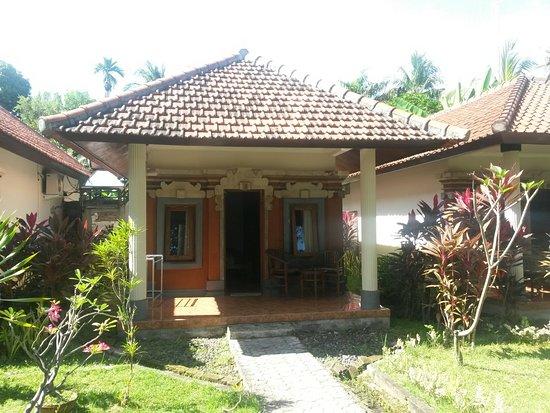 Puri Bali Hotel: 20160824_095433_large.jpg