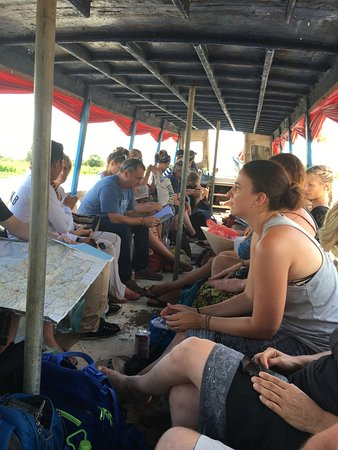 Battambang, Kambodża: inside the boat