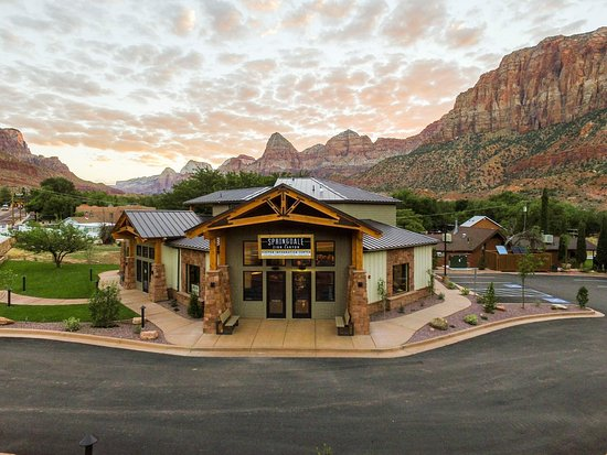 The Springdale and Zion Canyon Visitor Center located 1 mile from the entrance of Zion National