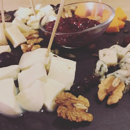 Pink Wine Point Tapas food cheese plate & Tapas food: cheese plate - Picture of Pink Wine Point Lisbon ...