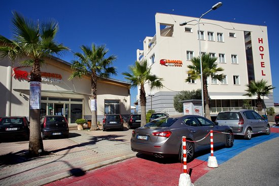 Photo of Aragosta Hotel Durres