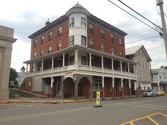 Duncannon, PA: The Classic Doyle Hotel