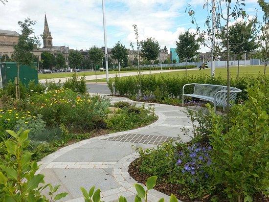 Slessor Gardens - Picture of Slessor Gardens, Dundee - TripAdvisor