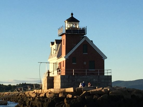 Berry Manor Inn: Rockland lighthouse