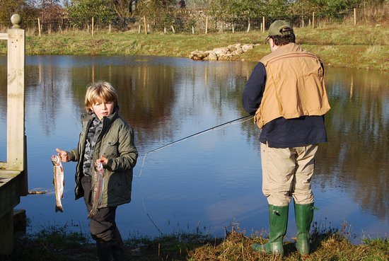 Alsop en le Dale, UK: Fly fishing lake and tackle available in the Peak District at Rivendale
