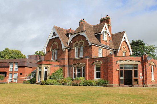 Stourport on Severn, UK: Main Building and Reception
