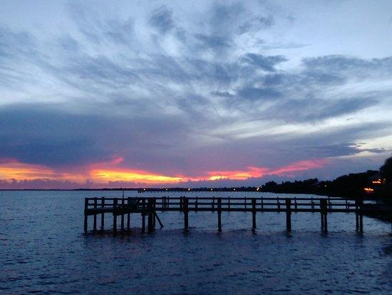 Banana Bay Waterfront Motel: KIMG0473_large.jpg