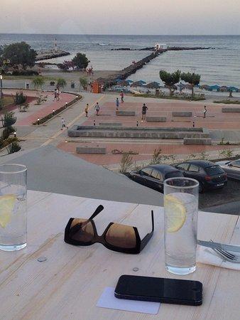 Georgioupolis Beach Hotel: Rooftop Restaurant and Bar