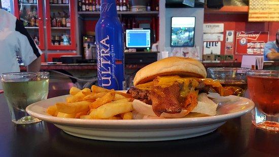 McKinney, TX : Bacon Cheeseburger