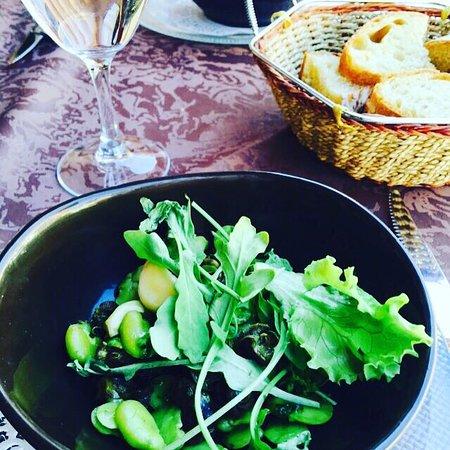 Excideuil, Frankrike: Cuisine traditionnelle de qualité
