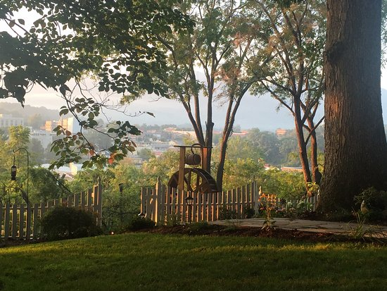 Waynesville, NC: Sunrise water wheel view