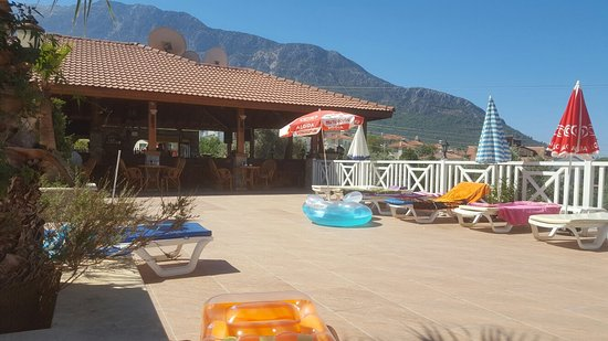 CELAY  - NICE AND RELAXING HOLIDAY (Carr family)