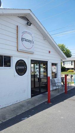 Stephens City, VA: Nice little family diner in Newtown.