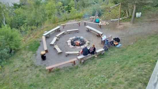 Sainte-Rose-du-Nord, Kanada: daniel joue la