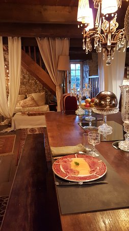 Severac-le-Chateau, Francja: table d hote