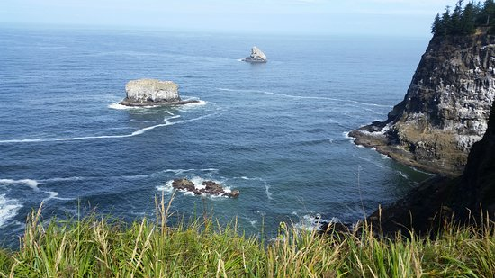 Tillamook, OR: One of the beautiful views from Cape Mears