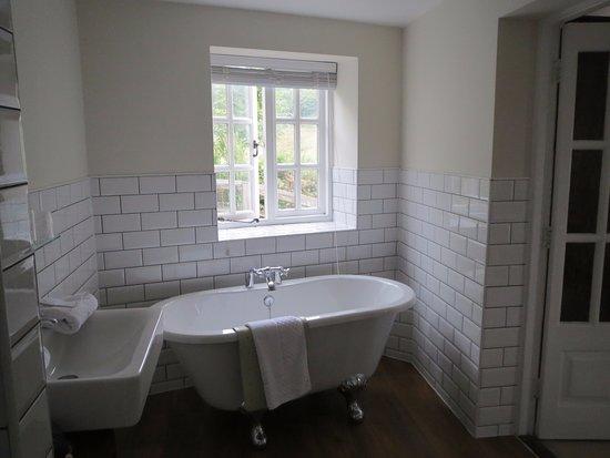 Branscombe, UK: Room 17 bathroom