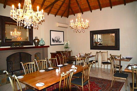 Zulu Nyala Country Manor: L'une des salles du restaurant