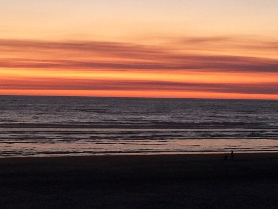 Sunset over the Pacific from Stephanie Inn balcony.
