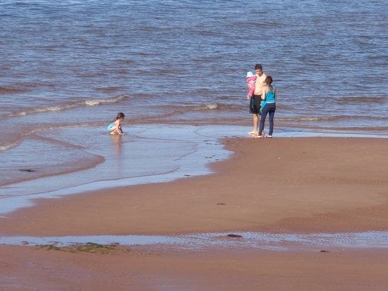 Cavendish Beach Cottages: Private beach -- great for families, couples, solo travelers