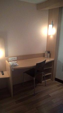 Orly, Frankreich: chambre 37 au rez de chaussée