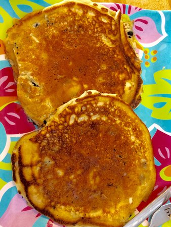 Searsport, ME: Wonderful blueberry pancakes! Real maple syrup! Great Blueberry goner bread! Friendly, casual pl