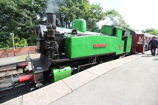 Froghall, UK: Churnet Valley's Polish Tank Locomotive