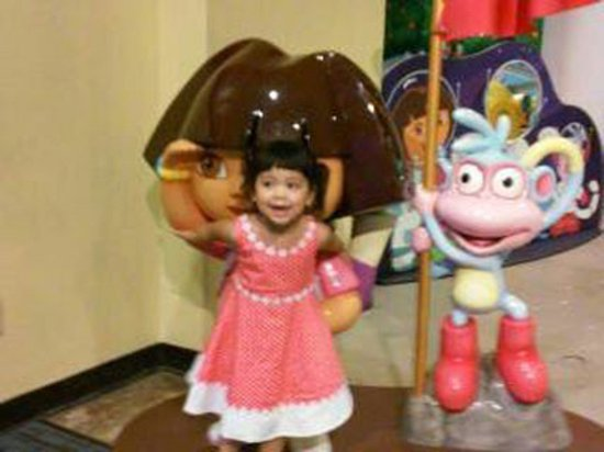 Discovery Cube Orange County: Dora, the Explorer, and friends