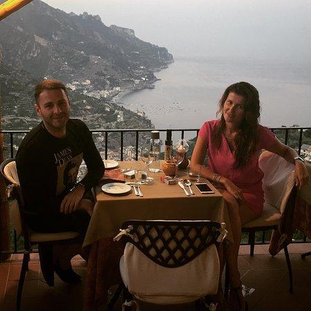 Ristorante Raffaele dell'Hotel Parsifal: Вкусная еда , домашняя обстановка и безупречный вид ! Что ещё нужно утомленному солнцем туристу