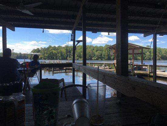 The Whip Waterfront Pub N Grub: photo0.jpg