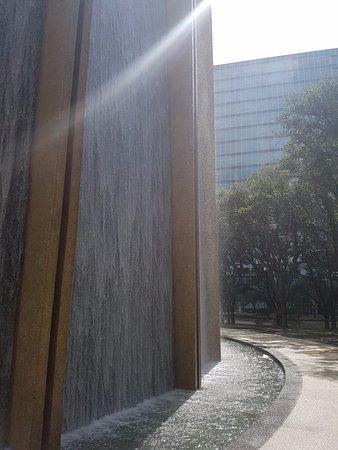 Water Wall: Wall close up
