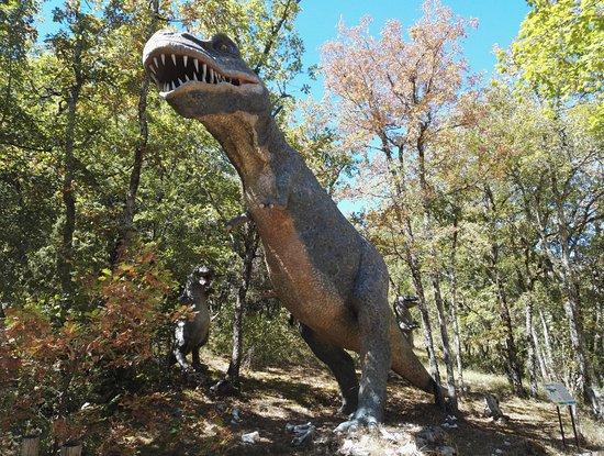 Lacave, Frankrike: Dino