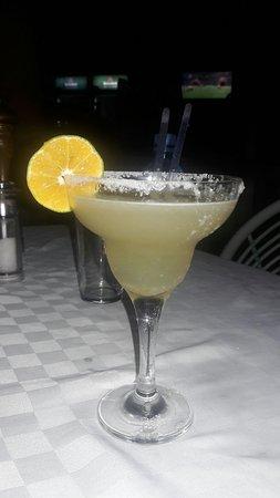 Blue Marlin Beach Restaurant: Best Margarita cocktail....definately a Hog!!!!
