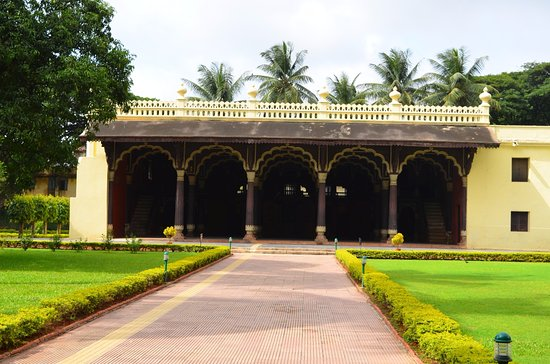 Tipu Sultan Fort and Palace - Bangalore KR Market