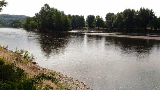 Carlux, Francia: vue sur la Dordogne