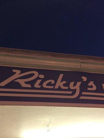 Hull, MA: Ricky's sign