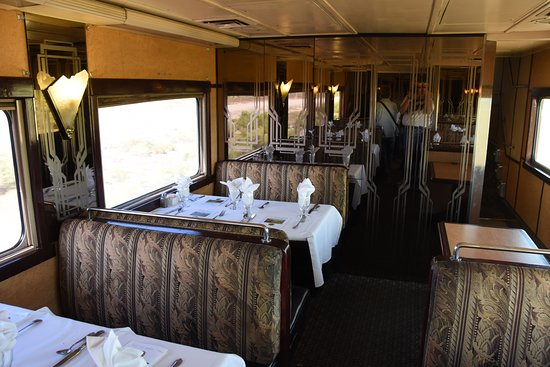 Alamosa, CO: Dining levell in the dome car.
