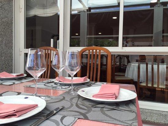 Meano, إسبانيا: Terraza restaurante