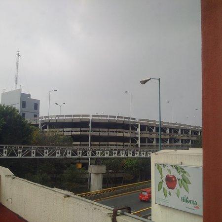 Camino Real Aeropuerto Photo