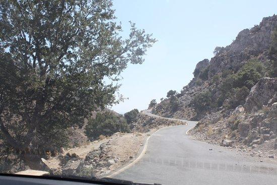 Krousonas, Grecia: The road to Arodamos