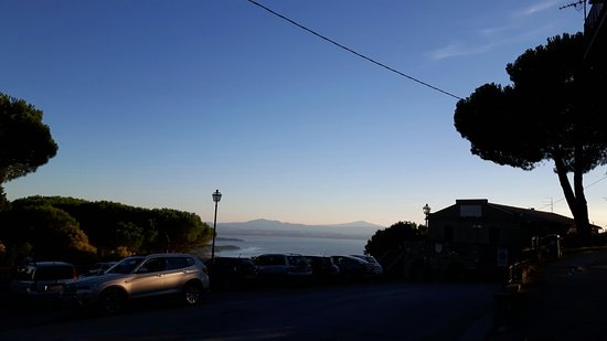 Castel Rigone, Italia: 20160803_194604_large.jpg