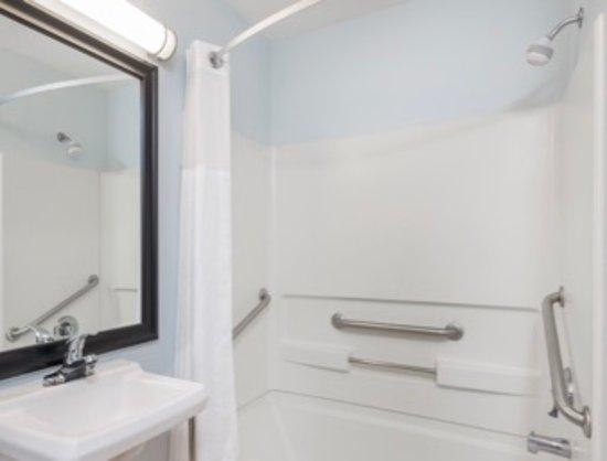 Las Vegas, Nuevo Mexico: ADA Bathroom