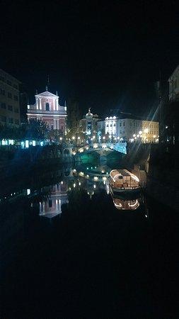 Hotel Emonec: Lubiana lungo fiume